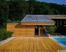 toit plat en tole terrasse bois sur toiture zinc terrasse en bois