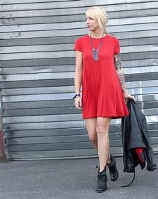 Rotes Kleid Lederjacke Stiefeletten Ootd 6i2