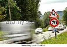 lkw geschwindigkeit landstraße geschwindigkeitsbegrenzung f 252 r pkw lkw kraftfahrzeuge