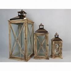 lanterne en bois lanterne en bois avec toit en cuivre taille l eclairage