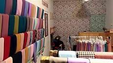 Contoh Desain Interior Toko Jilbab