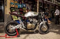 suzuki bandit cafe racer by xtr bikebrewers