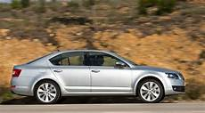 skoda octavia 1 6 tdi skoda octavia 1 6 tdi elegance 2014 review car magazine