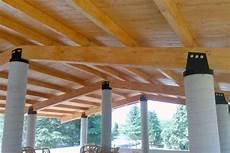 tettoia in legno lamellare tettoie in legno pergole tettoie giardino le migliori