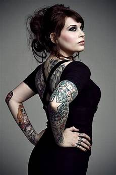 compilation of girls with tattoos part 2 33 pics