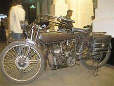 Modifikasi Motor Jadi Sepeda by Modifikasi Rountank Sepeda Ontel Jadi Motor Future