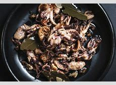 oktapodi toursi  pickled octopus_image