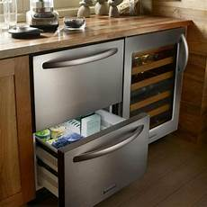 küche im schrank schubladen k 252 hlschrank praktisch und cool archzine net
