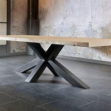 pied de table en metal table salle a manger trunk pied m 233 tal plateau bois massif