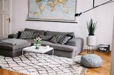 teppich unter sofa oder davor unser wohnzimmer fashion from germany modeblog