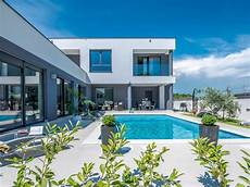 New And Modern Villa With Pool Modern Villa With