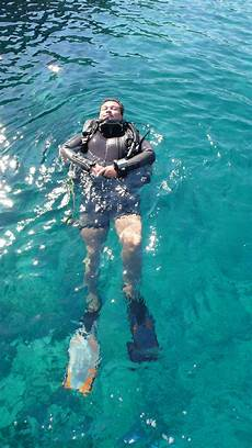how is snorkeling actually different from scuba diving thrillspire