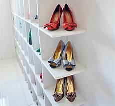 porte chaussures mural designs de porte chaussures mural archzine fr