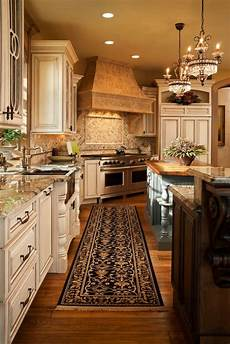 15 best tuscan kitchen colors for your home interior decorating colors interior decorating