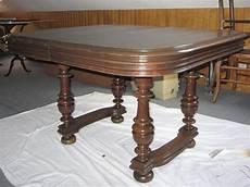 le de table table en bois ancienne 1m x 1 1m le bon coin antony 92160