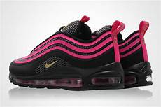 nike air max 97 ultra 17 gs in black metallic gold and