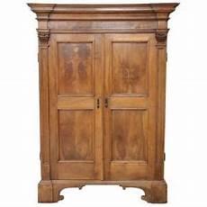antico antico mobili armadi antichi 600 armadi antichi mobili antichi