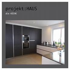 küchen schwarz weiss k 252 che modern schwarz wei 223 grau beton stein tafel