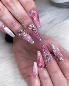 pin by 𝕁𝕖𝕟𝕟𝕚𝕗𝕖𝕣 𝕃𝕪𝕟𝕟𝕖 on nα 237 ls pink acrylic nail