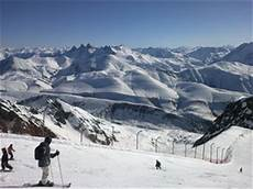 location ski alpe d huez alpe d huez ski resort guide location map alpe d huez