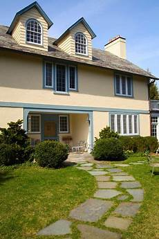 eclectic exterior by debra kling colour consultant exterior house colors house paint exterior