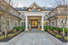 how to pick exterior paint colors for your home spectrum