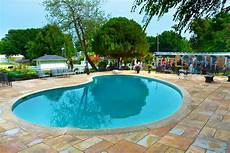 elvis s pool is well preserved pool spa news