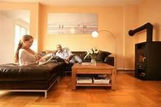 wohnzimmer wände farblich gestalten w 228 nde farblich gestalten beispiele