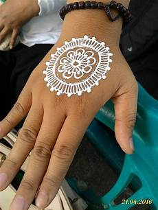 72 Foto Henna Simple Dan Bagus Terupdate Tuttohenna