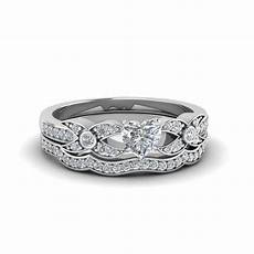heart wedding ring sets heart shaped pave diamond accented delicate wedding ring in 950 platinum fascinating diamonds