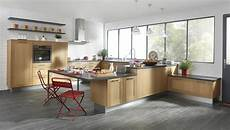 cuisine aménagée en l cuisine cuisine home bois era cuisines cuisine am 233 nag 233 e