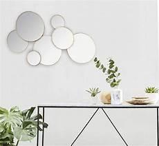 runde spiegel runde spiegel in form einer wandkomposition