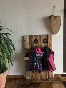garderobe aus alten brettern garderoben ideen so schaffst du stilvoll ordnung
