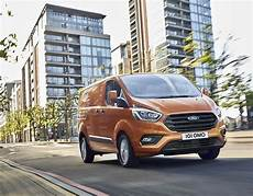 Ford Transit Custom New 2017 Gets Efficient Engines