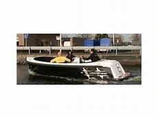 corsiva 590 tender in polen boote mit offenem deck