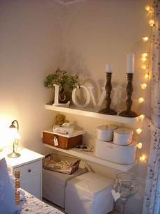 schlafzimmer regal beim bett diy home
