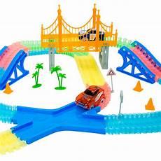 circuit magic tracks voiture circuit magic tracks giga set circuit de voitures la