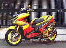 Modifikasi Aerox 155 Kuning by Gambar Modifikasi Aerox 155 Kuning Sport Modifikasimotorz