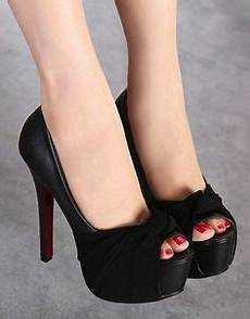 8 tips how to keep shoes from slipping off your feet when you walk shoes pinterest