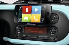 radio connect r go r go le smartphone aux commandes de l infotainment de la