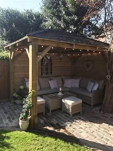 überdachte sitzecke im garten sitzecke im garten backyard patio designs garden