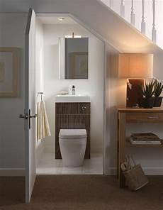 Kleines Gäste Wc Gestalten - sehr kleines g 228 ste wc gestalten idee f 252 r toilette unter