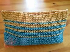 Small Trendy Simple Crochet Bag Tutorial