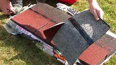 couverture goudron pour toiture bricolage comment poser l easy shingles bardeaux sur