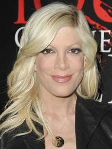tori spelling hairstyle haircut fashion news about hairstyles 2013