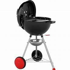 barbecue au charbon de bois weber kettle plus noir