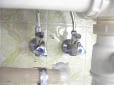 wasser abdrehen küche wasser in der k 252 che abstellen wasseranschluss