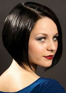 classic short sleek bob hairstyle for pretty designs