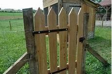 porte de jardin en bois la maison d apr 232 s juin 2014