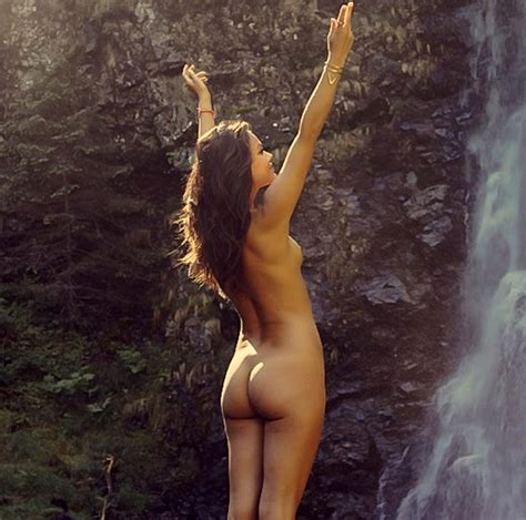 Nathalie Kelley Naked